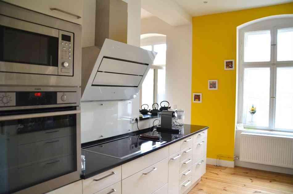 wohnung zu verkaufen in charlottenburg invest. Black Bedroom Furniture Sets. Home Design Ideas