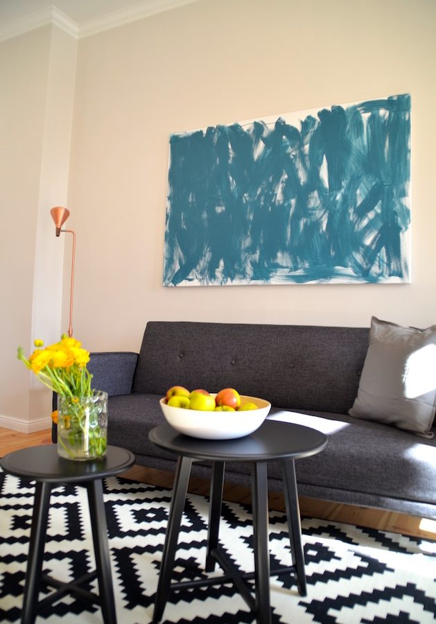 Altbau furnished apartment to rent to let in Berlin