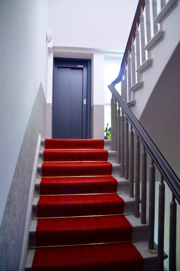 Staircase Elevator Invest Ab Com