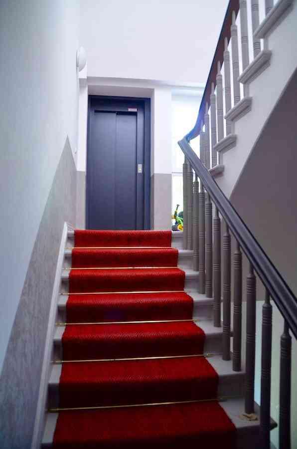 Staircase U0026 Elevator