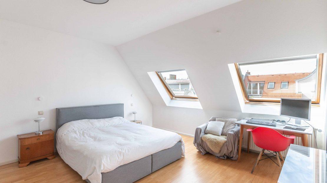 Beautiful 3 room apartment on the top floor in Prenzlauer Berg